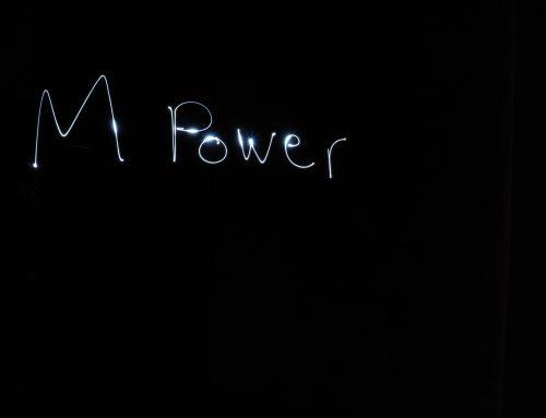 Mpower LICHTenberg Mädchen: Light Painting Workshop